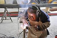 - operaio saldatore<br /> <br /> - welder