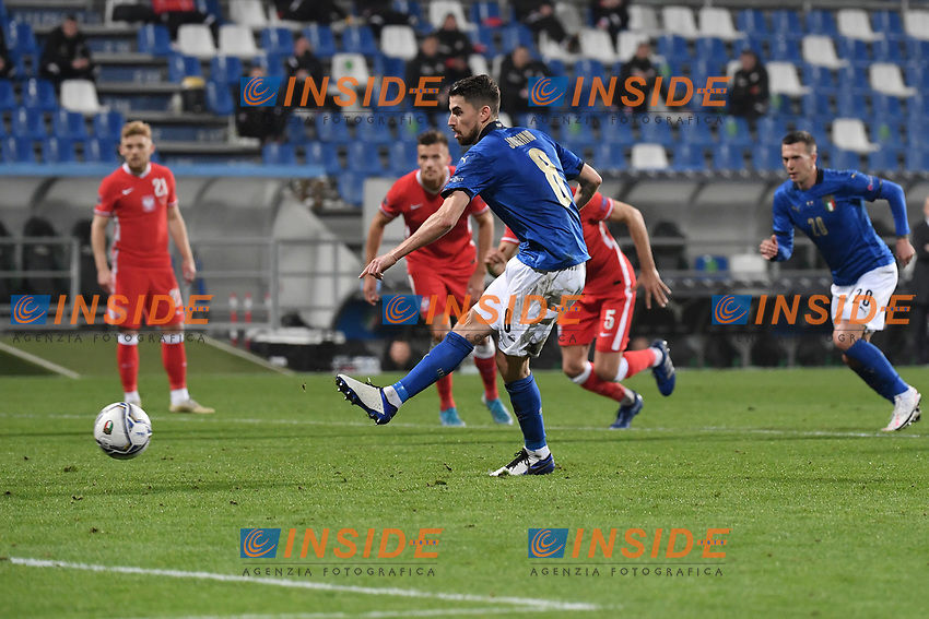 Jorginho of Italy scores a goal on penalty <br /> during the Uefa Nation League Group Stage A1 football match between Italy and Poland at Citta del Tricolore Stadium in Reggio Emilia (Italy), November, 15, 2020. Photo Andrea Staccioli / Insidefoto
