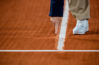 28th September 2020, Roland Garros, Paris, France; French Open tennis, Roland Garros 2020;   The referee indicates the place where the ball went out during the match between Dominic THIEM AUT and Marin CILIC CRO in the Philippe Chatrier court on the first round of the French Open