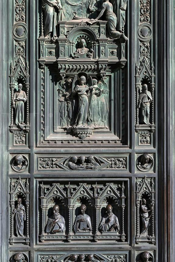 Bronze main portal by Augusto Passaglia, Santa Maria del Fiore Cathedral, Florence, Italy