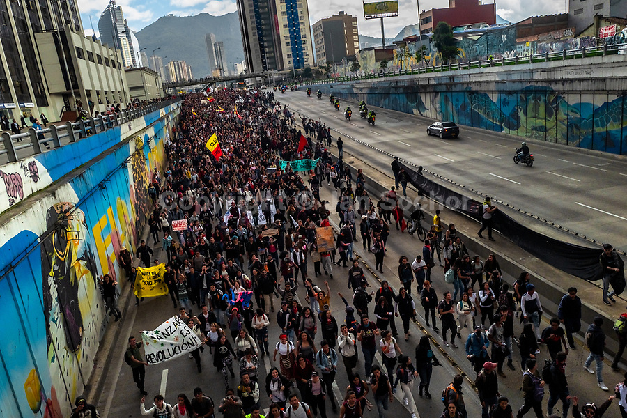Students of the Universidad Nacional de Colombia take part in a protest march against government's policies and corruption within the public educational system in Bogotá, Colombia, 24 October 2019.