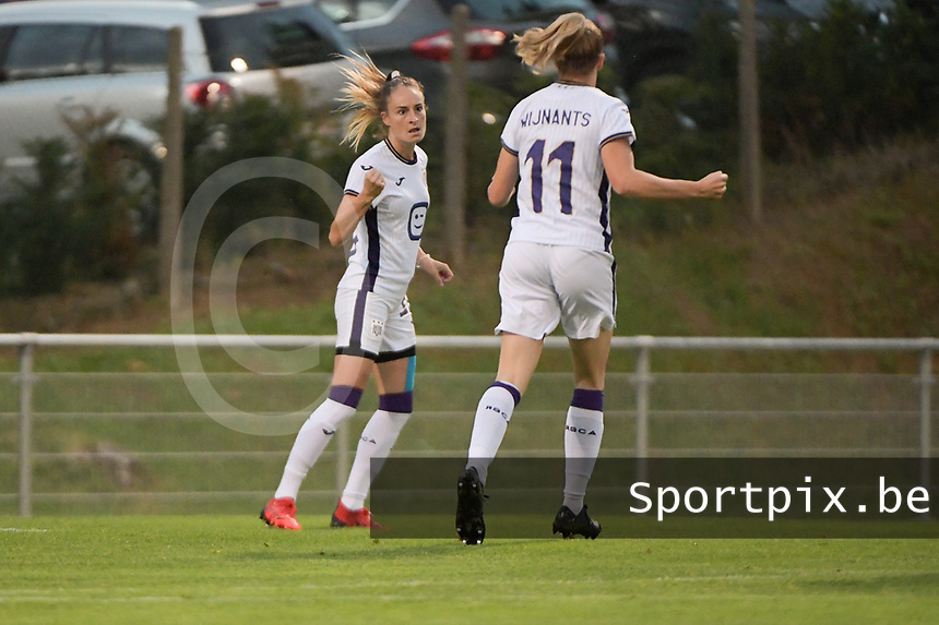Tessa Wullaert (27) of Anderlecht pictured celebrating a goal with her teammates during a female soccer game between RSC Anderlecht Dames and AA Gent Ladies  on the fourth matchday of the 2021 - 2022 season of Belgian Womens Super League , friday 10 th of September 2021 in Overijse , Belgium . PHOTO SPORTPIX   DIRK VUYLSTEKE