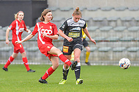 Yuna Appermont (6) of Standard and Margaux Van Ackere (37) of Eendracht Aalst  pictured during a female soccer game between Eendracht Aalst and Standard Femina de Liege on the 11 th matchday of the 2020 - 2021 season of Belgian Scooore Womens Super League , Saturday 23 of January 2021  in Aalst , Belgium . PHOTO SPORTPIX.BE | SPP | STIJN AUDOOREN