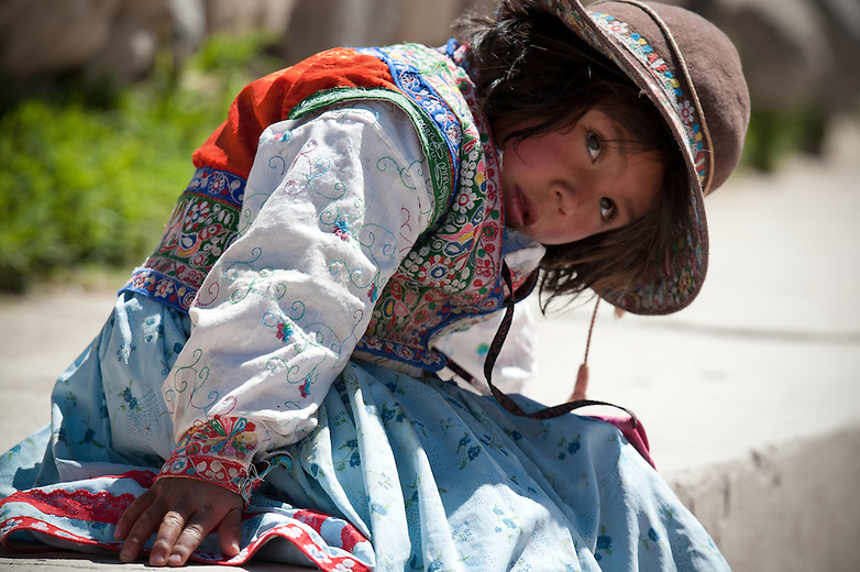 The local people of the Colca Valley wear garments with great pride, as each woven piece is a costly work of art. Children wear meticulously woven clothing and hats to signify their ethnicity.