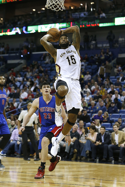 New Orleans Pelicans forward Alonzo Gee (15) dunks past Detroit Pistons forward Ersan Ilyasova (23) during the first half of an NBA basketball game Thursday, Jan. 21, 2016, in New Orleans. (AP Photo/Jonathan Bachman)