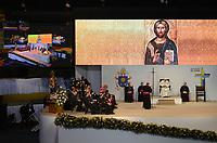 MEDELLÍN - COLOMBIA, 09-09-2017:  El Papa Francisco durante su encuentro religioso en la plaza la Macarena en Medellín. El Papa Francisco realiza la visita apostólica a Colombia entre el 6 y el 11 de septiembre de 2017 llevando su mensaje de paz y reconciliación por 4 ciudades: Bogotá, Villavicencio, Medellín y Cartagena. / Pope Francis during his religious meet at La Macarena in Medellin. Pope Francisco makes the apostolic visit to Colombia between September 6 and 11, 2017, bringing his message of peace and reconciliation to 4 cities: Bogota, Villavicencio, Medellin and Cartagena. Photo: VizzorImage / Leon Monsalve / Cont