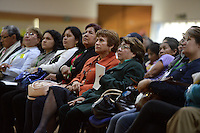 """BOGOTÁ -COLOMBIA. 11-10-2014. Aida Abella (Centro Der), Jahel Quiroga (Centro Izq) y demás participantes escuchan las intervenciones de las delegaciones durante la segunda jornada del Encuentro por la """"Dignidad de las Víctimas del Genocidio contra La UP"""" realizado hoy, 11 de octuber de 2014, en la ciudad de Bogotá./ Aida Abella (Center R), Jahel Quiroga (Center L) and participants listen to the speeches of the delegations during the Second day of the Meeting for the """"Dignity of Victims of Genocide against The UP"""" took place today, October 10 2014, at Bogota city. Photo: Reiniciar /VizzorImage/ Gabriel Aponte"""