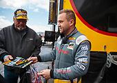 Richie Crampton, DHL, top fuel, pits, fans