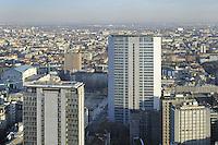 - Milan, panorama of the city with skyscraper Pirelli ....- Milano, panorama della città con il grattacielo Pirelli