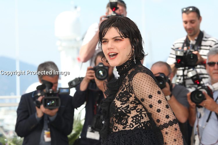 SOKO - PHOTOCALL OF THE FILM 'VOIR DU PAYS' AT THE 69TH FESTIVAL OF CANNES 2016