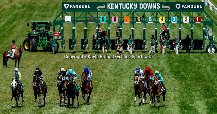 November 9, 2021: Scenes from the Eclipse Sportswire Photo Workshop at Kentucky Downs in Franklin, Kentucky, photo by Kayla Brilhart/Eclipse Sportswire Photo Workshop
