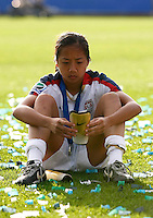 Dejected USA player Rachel Quon. USA v Korea Republic. FIFA U-17 Women's World Cup Final. North Harbour Stadium, Auckland, Sunday 16 October 2008. Photo: Simon Watts/PHOTOSPORT