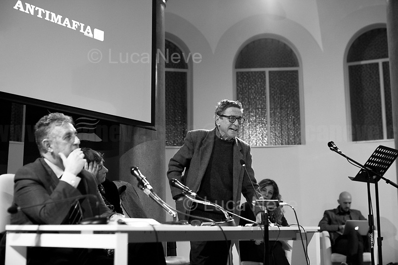 """(From L to R) Di Matteo, Resta, Lodato, Natoli.<br /> <br /> Rome, 08/02/19. Moby Dick Library in Garbatella & Antimafia Duemila(2.) held the presentation of the book """"Il Patto Sporco"""" (The Dirty Pact. The Trial State-mafia in the Story [narrated] by his Protagonist, Chiarelettere,1.) hosted by the author of the book Saverio Lodato (Journalist & Author), Antonino 'Nino' Di Matteo (Protagonist of the book, Antimafia Magistrate of Palermo, member of the DNA - Antimafia & Antiterrorism National Directorate - who """"prosecuted the Italian State for conspiring with the Mafia in acts of murder & terror"""",3.4.5.6.) & Giorgio Bongiovanni (Editor of Antimafia Duemila). Chair of the event was Silvia Resta (Journalist & Author). Readers were: Bianca Nappi & Carlotta Natoli (both Actresses). From the back cover of the book: """"Let us ask ourselves why politics, institutions, culture, have needed the words of judges to finally begin to understand…A handful of magistrates and investigators have shown not to be afraid to prosecute the [Italian] State. Now others must do their part too"""" (Nino Di Matteo). """"In the pages of this book I wanted the magistrate, the man, the protagonist and the witness to speak about a trial destined to leave its mark"""" (Saverio Lodato). From the book online page: """"The attacks to Lima [politician], Falcone & Borsellino [Judges], the bombs in Milan, Florence, Rome, the murders of valiant police commissioners & officers of the carabinieri. The [Ita] State on its knees, its best men sacrificed. However, while the blood of the massacres was still running there were those who, precisely in the name of the State, dialogued and interacted with the enemy. The sentence of condemnation of Palermo [""""mafia-State negotiation"""" trial which is told in the book], against the opinion of many 'deniers', proved that the negotiation not only was there but did not avoid more blood. On the contrary, it provoked it""""(1.).<br /> Footnotes & links provided at 2nd & last page."""