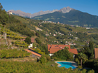 Dorf Algund bei Meran, Region Südtirol-Bozen, Italien, Europa<br /> Lagundo village near Merano, Region South Tyrol-Bolzano, Italy, Europe