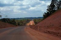 Produção de bauxita, mina, arredores e porto.<br /> Trombetas, Pará, Brasil<br /> ©Ana Mokarzel<br /> 11/2012 Oriximiná, Pará, Brasil.