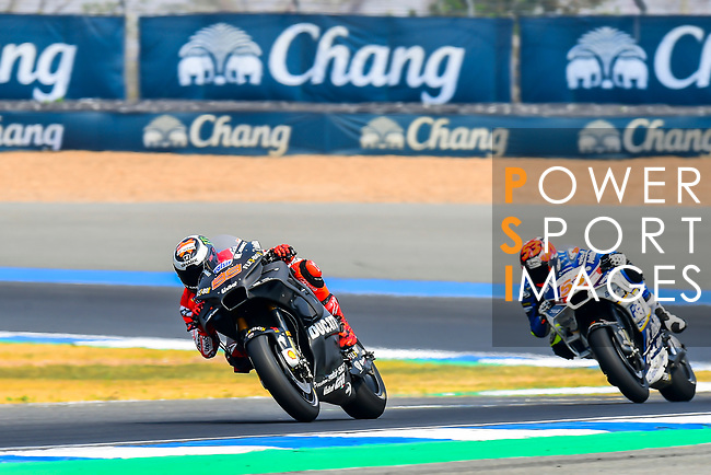 Ducati Team's rider Jorge Lorenzo (L) of Spain and Reale Avintia Racing's rider Tito Rabat of Spain ride during the MotoGP Official Test at Chang International Circuit on 17 February 2018, in Buriram, Thailand. Photo by Kaikungwon Duanjumroon / Power Sport Images