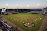 The final College World Series game at Johnny Rosenblatt Stadium in Omaha, Nebraska.  (Photo by Andrew Woolley / Four Seam Images)