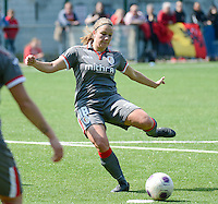 20140419 - ANTWERPEN , BELGIUM : Standard's Kim Mourmans pictured scoring the 0-1 for Standard during the soccer match between the women teams of RAFC Antwerp Ladies  and Standard Femina  , on the 24th matchday of the BeNeleague competition on Saturday 19 April 2014 in Deurne .  PHOTO DAVID CATRY