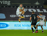 8th October 2021;  Swansea.com Stadium, Swansea, Wales; United Rugby Championship, Ospreys versus Sharks; Marnus Potgieter of Cell C Sharks takes the high ball