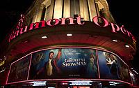 January 17 2018, PARIS FRANCE<br /> Premiere of the film the Greatest Showman<br /> at Gaumont Opera Cinema In Paris. Actor<br /> Hugh Jackman arrives at the Premiere. #> BEAUCOUP DE PEOPLE A L'HOTEL DU RITZ DE PARIS