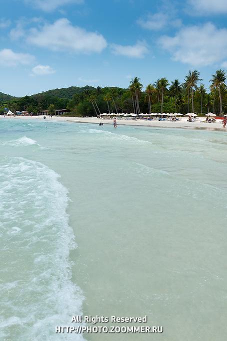 Waves On Shallow Waters On Bai Sao Beach, Phu Quoc, Vietnam