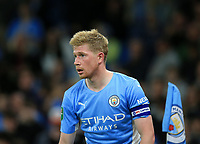 21st September 2021; Etihad Stadium,Manchester, England; EFL Cup Football Manchester City versus Wycombe Wanderers; Kevin De Bruyne of Manchester City prepares to take a corner kick
