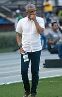 BARRANQUILLA - COLOMBIA - 31 - 03 - 2018: Alexis Mendoza, técnico de Atletico Junior, durante partido de la fecha 12 entre Atletico Junior y Leones F. C., por la Liga Aguila I - 2018, jugado en el estadio Metropolitano Roberto Melendez de la ciudad de Barranquilla. / Alexis Mendoza, coach of Atletico Junior, during a match of the 12th date between Atletico Junior and Leones F. C., for the Liga Aguila I - 2018 at the Metropolitano Roberto Melendez Stadium in Barranquilla city, Photo: VizzorImage  / Alfonso Cervantes / Cont.