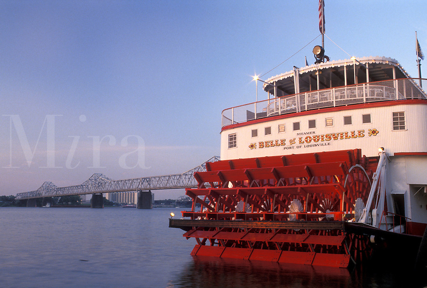 Louisville, KY, riverboat, Kentucky, Ohio River, Belle of Louisville Riverboat a stern wheel steamboat docked along the Ohio River.