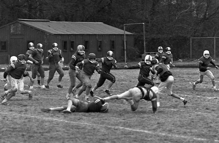 Bethel Park PA:  Bethel Recreation Football League's Chamber of Commerce Football team.  We played all the games at the Senior High Football Field. Team members include; John Rassmussen, Mike Stewart, Scott Streiner, Fred Griffin, Rick Matthews, Joe Fredley, Bruce Mahoney, Coaches Frank Feeney, and Jim Mahoney.  Mr. Chris, Director of the Recreation League was also the referee.
