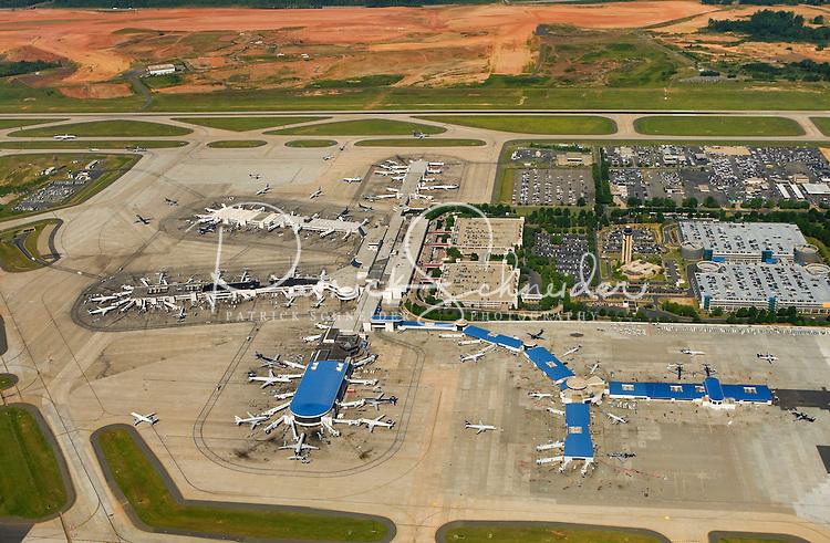 Aerial photo of Charlotte Douglas International Airport taken May 2008.