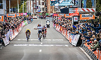 Primoz Roglic (SVN/Jumbo-Visma) wins the sprint in Liège under the arms of (the too-early celebrating) World Champion Julian Alaphillippe (FRA/Deceuninck -Quick Step).<br /> On top of that; Alaphilippe put out an irregular sprint that got him relegated because it hindered the efforts of Marc Hirschi (SUI/Sunweb) and Tadej Pogacar (SVN/UAE-Emirates)., so he doesn't even make it onto the podium....<br /> <br /> 106th Liège-Bastogne-Liège 2020 (1.UWT)<br /> 1 Day Race Liège-Liège 257km