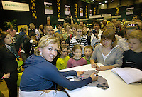 21-2-07,Tennis,Netherlands,Rotterdam,ABNAMROWTT,Michaella Krajicek does a autograph session on kidsday
