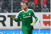 Torwart Michael Esser (SV Darmstadt 98)- 11.02.2017: SV Darmstadt 98 vs. Borussia Dortmund, Johnny Heimes Stadion am Boellenfalltor