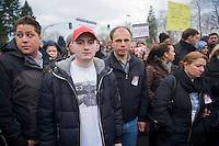 Ein Jahr nach dem Mord an Burak B. und dem Mordversuch an seinen Freunden zogen mehrere hundert Menschen mit einer Gedenkdemonstration durch Berlin-Neukoelln.<br />Ein Unbekannter hatte am 5. April 2012 in Neukoelln auf eine Gruppe Jugendlicher geschossen und konnte unerkannt fluechten. Die Polizei war bislang nicht in der Lage den Taeter zu ermitteln.<br />Im Bild: Angehoerige und Freunde von Burak B.<br />6.4.2013, Berlin<br />Copyright: Christian-Ditsch.de<br />[Inhaltsveraendernde Manipulation des Fotos nur nach ausdruecklicher Genehmigung des Fotografen. Vereinbarungen ueber Abtretung von Persoenlichkeitsrechten/Model Release der abgebildeten Person/Personen liegen nicht vor. NO MODEL RELEASE! Don't publish without copyright Christian-Ditsch.de, Veroeffentlichung nur mit Fotografennennung, sowie gegen Honorar, MwSt. und Beleg. Konto:, I N G - D i B a, IBAN DE58500105175400192269, BIC INGDDEFFXXX, Kontakt: post@christian-ditsch.de<br />Urhebervermerk wird gemaess Paragraph 13 UHG verlangt.]
