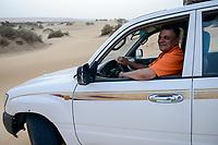 EGYPT, Bahariyya Oasis, desert and sand dunes / AEGYPTEN, Bahariyya Oase, Wueste und Sandduene, guide und Wuestensafari Veranstalter Khaled Khalifa
