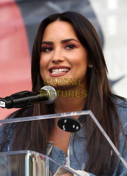 ALos Angeles CA - JANUARY 21: Demi Lovato, At Women's March Los Angeles, At Downtown Los Angeles In California on January 21, 2017. <br /> CAP/MPI/FS<br /> ©FS/MPI/Capital Pictures
