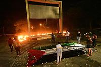 Recife (PE), 24/05/2021 - Ato-Recife - Movimentos populares de Pernambuco realizam ato de solidariedade à Palestina, nesta segunda-feira (24), no Momenumento Tortura Nunca Mais no centro de Recife.
