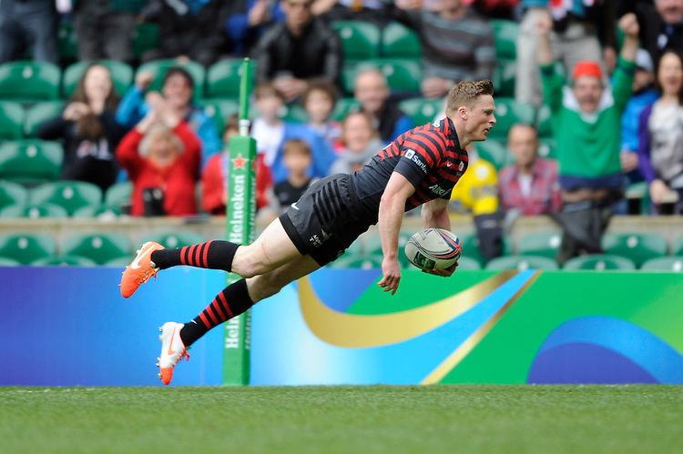 Chris Ashton of Saracens scores the opening try of the Heineken Cup semi-final match between Saracens and ASM Clermont Auvergne at Twickenham Stadium on Saturday 26th April 2014 (Photo by Rob Munro)