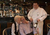 "Europe/France/Rhône-Alpes/01/Ain/Les Echets: Christophe Marguin restaurant ""Christophe Marguin"" avec ses parents -"
