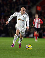 Pictured: Jonjo Shelvey of Swansea Sunday 01 February 2015<br />
