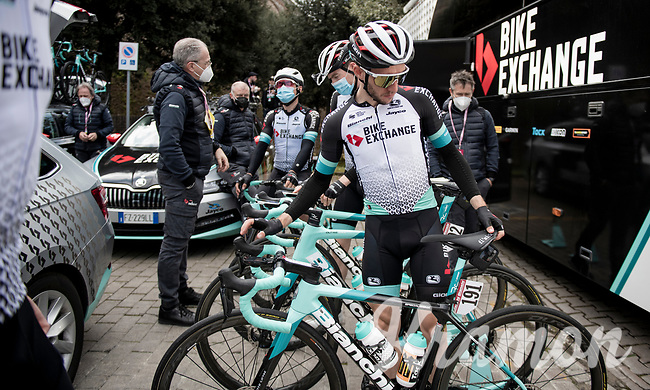 Simon Yates (GBR/Bike Exchange) at the race start in Siena<br /> <br /> 15th Strade Bianche 2021<br /> ME (1.UWT)<br /> 1 day race from Siena to Siena (ITA/184km)<br /> <br /> ©kramon