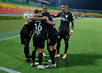BUCARAMANGA - COLOMBIA, 24–02-2021: Jugadores de Atletico Nacional celebran el gol anotado al Atletico Bucaramanga, durante partido entre Atletico Bucaramanga y Atletico Nacional de la fecha 9 por la Liga BetPlay DIMAYOR I 2021, jugado en el estadio Alfonso Lopez de la ciudad de Bucaramanga. / Players of Atletico Nacional celebrate a scored goal to Atletico Bucaramanga, during a match between Atletico Bucaramanga and Atletico Nacional of the 9th date for the BetPlay DIMAYOR I 2021 League at the Alfonso Lopez stadium in Bucaramanga city. / Photo: VizzorImage / Jaime Moreno / Cont.