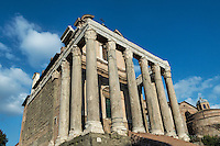 Temple of Antoninus and Faustina, also church of San Lorenzo in Miranda, The Roman Forum, , Historic City, Rome, Italy, Europe