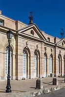France, Bouches-du-Rhône (13), Marseille, capitale européenne de la culture 2013, Vieux Port, quai du Port, Les Consignes sanitaires: Au XVIIIe siècle, le très beau bâtiment de la consigne était le siège de l'Intendance sanitaire de Marseille