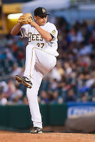 May 18, 2009:  Fernando Rodriguez of the Salt Lake Bees, Pacific Cost League Triple A affiliate of the Los Angeles (Anaheim) Angles, during a game at the Spring Mobile Ballpark in Salt Lake City, UT.  Photo by:  Matthew Sauk/Four Seam Images
