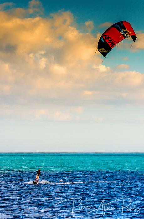 Bourail, flysurf à Poé