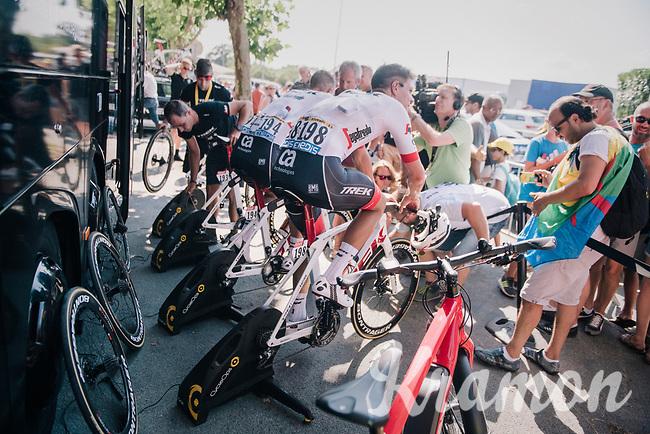 warming down with Team Trek-Segafredo post-race<br /> <br /> Stage 2: Mouilleron-Saint-Germain > La Roche-sur-Yon (183km)<br /> <br /> Le Grand Départ 2018<br /> 105th Tour de France 2018<br /> ©kramon