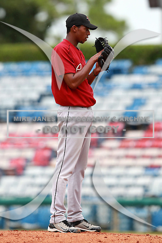 Houston Astros minor league pitcher Juan Minaya during a game vs. the Chinese National Team in an Instructional League game at Holman Stadium in Vero Beach, Florida September 28, 2010.   Photo By Mike Janes/Four Seam Images