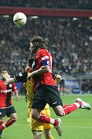 Kopfball Ioannis Amanatidis (Eintracht)<br /> Eintracht Frankfurt vs. Borussia Dortmund, Commerzbank Arena<br /> *** Local Caption *** Foto ist honorarpflichtig! zzgl. gesetzl. MwSt. Auf Anfrage in hoeherer Qualitaet/Aufloesung. Belegexemplar an: Marc Schueler, Am Ziegelfalltor 4, 64625 Bensheim, Tel. +49 (0) 6251 86 96 134, www.gameday-mediaservices.de. Email: marc.schueler@gameday-mediaservices.de, Bankverbindung: Volksbank Bergstrasse, Kto.: 151297, BLZ: 50960101