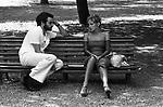 "MANUEL DE SICA CON SIDNEY ROMA<br /> SUL SET DE ""L'EROE"" DI MANUEL DE SICA ROMA 1974"